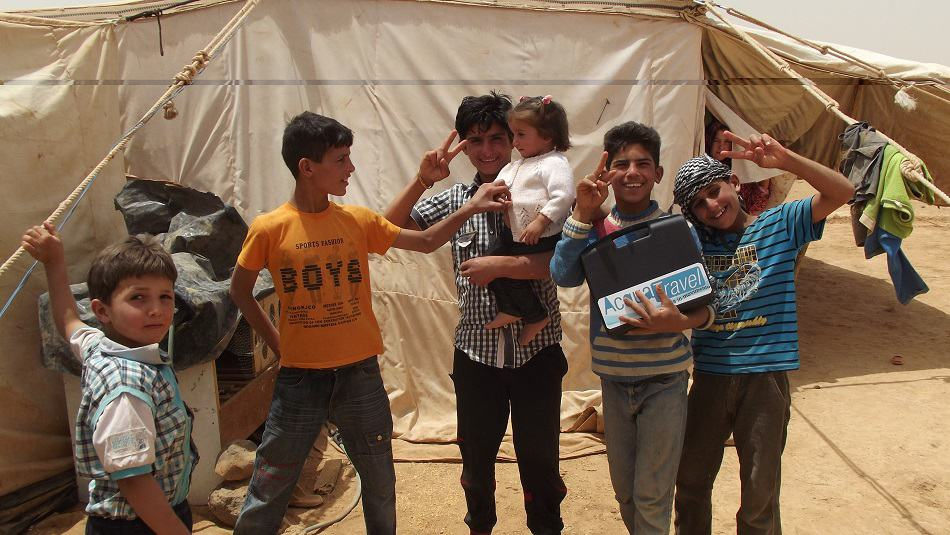 Consegnati i primi Kit Acqua Pulita nei campi profughi