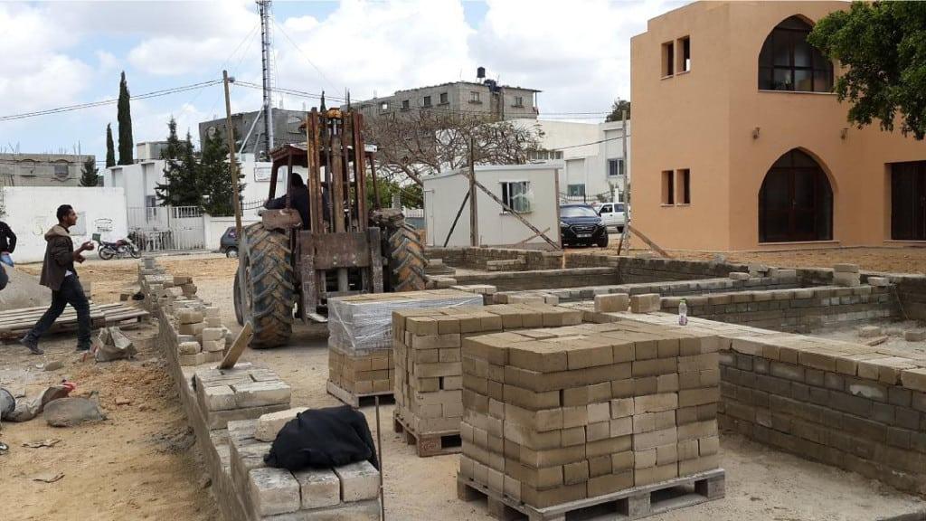 Israele blocca l'importazione del cemento a Gaza