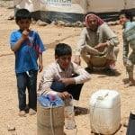 Kit acqua pulita nei campi profughi siriani