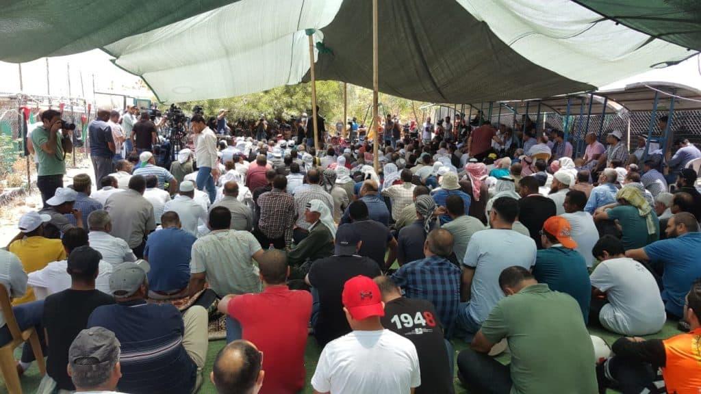 Nuova estensione del divieto di demolizione per Khan al Ahmar