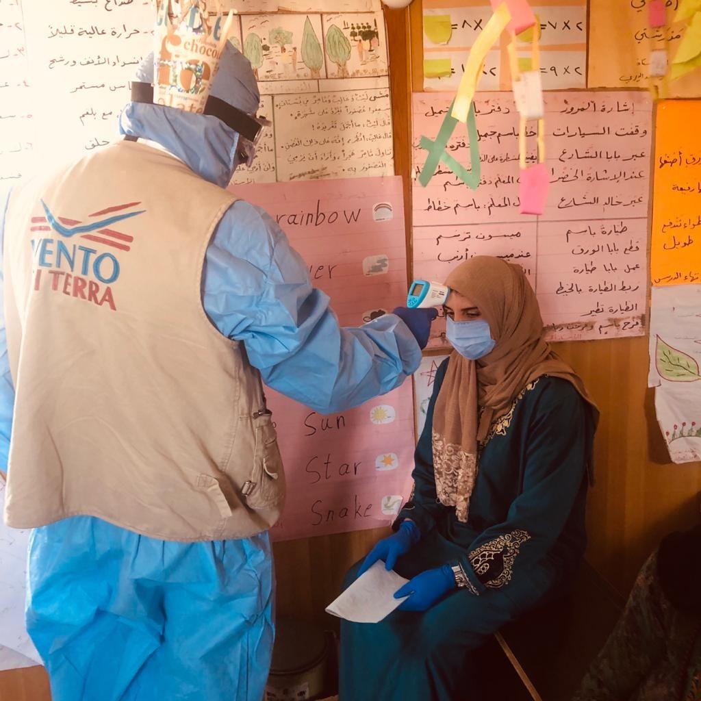 Equipe medica nei campi profughi siriani in Giordania